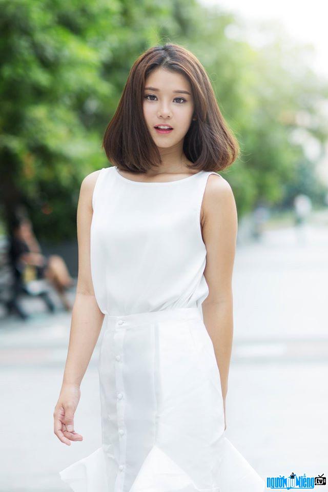 Chân Dung ca sĩ Hoàng Yến Chibi