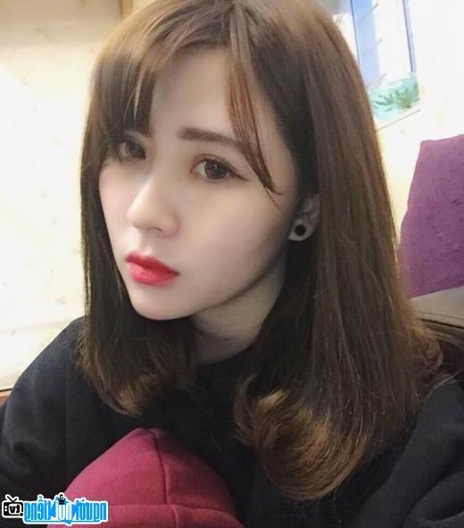 Chân dung Hot girl Thanh Loan