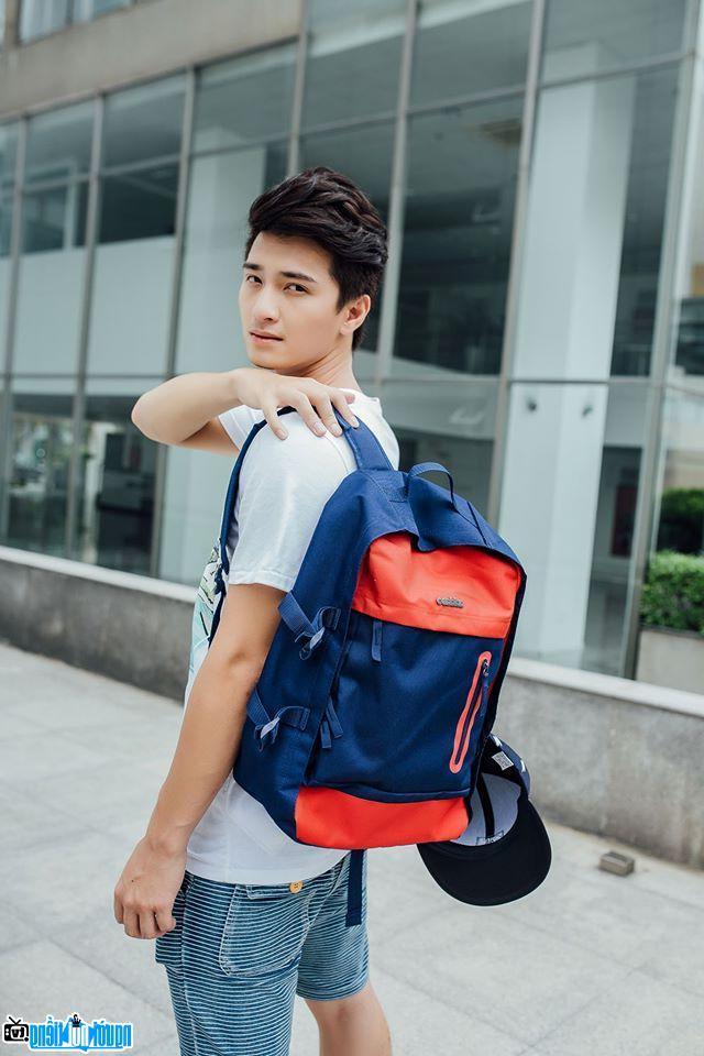 Ngắm ảnh hot boy Huỳnh Anh đẹp như trai Hàn Quốc | giaitrivui