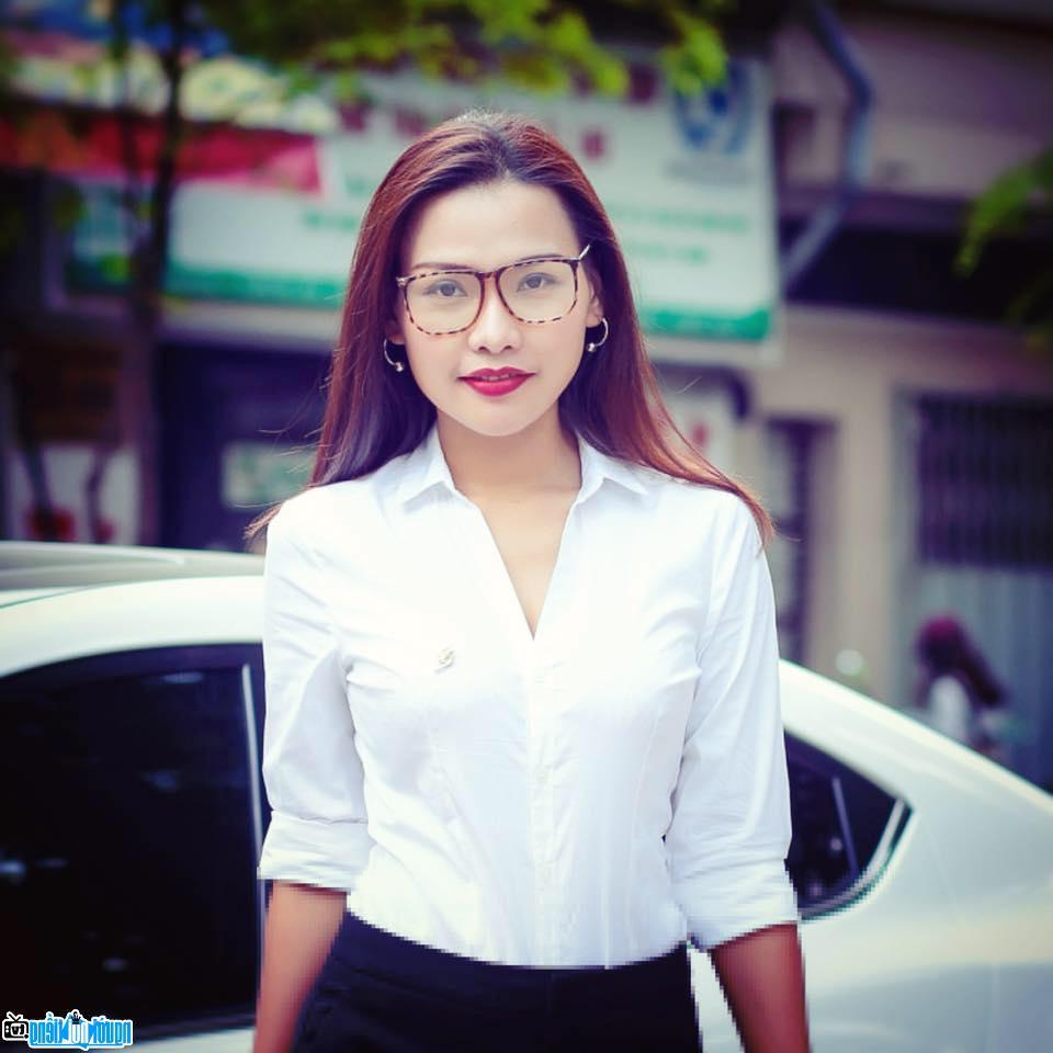 Một hình ảnh về Ngô Như Quỳnh-MC nổi tiếng Phú Yên-Việt Nam