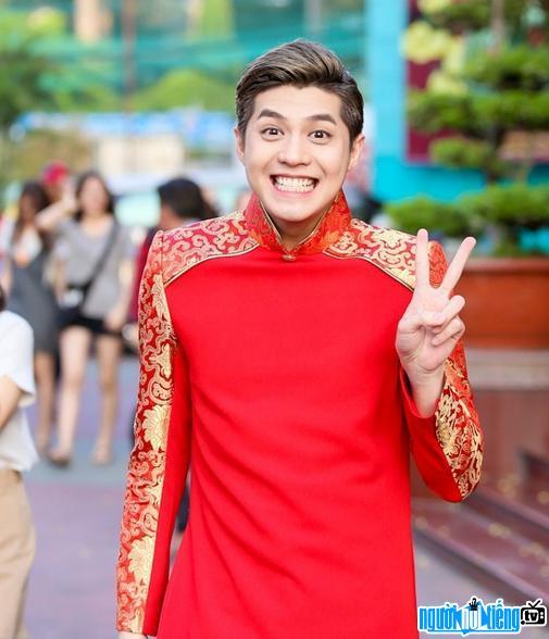 Hình ảnh ảnh mới nhất của nam ca sĩ Noo Phước Thịnh