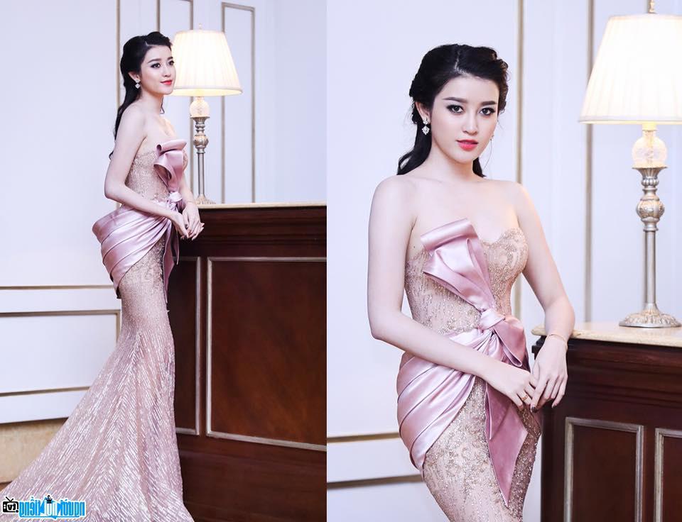 Á Hậu nổi tiếng của Hà Nội- Việt Nam