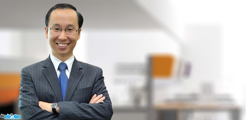 Diễn giả Francis Hùng