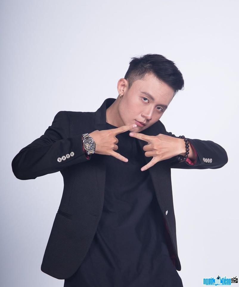 Hình ảnh Rapper Freaky điển trai