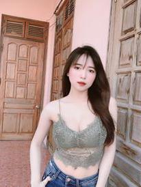 Phạm Trang xinh đẹp quyến rũ