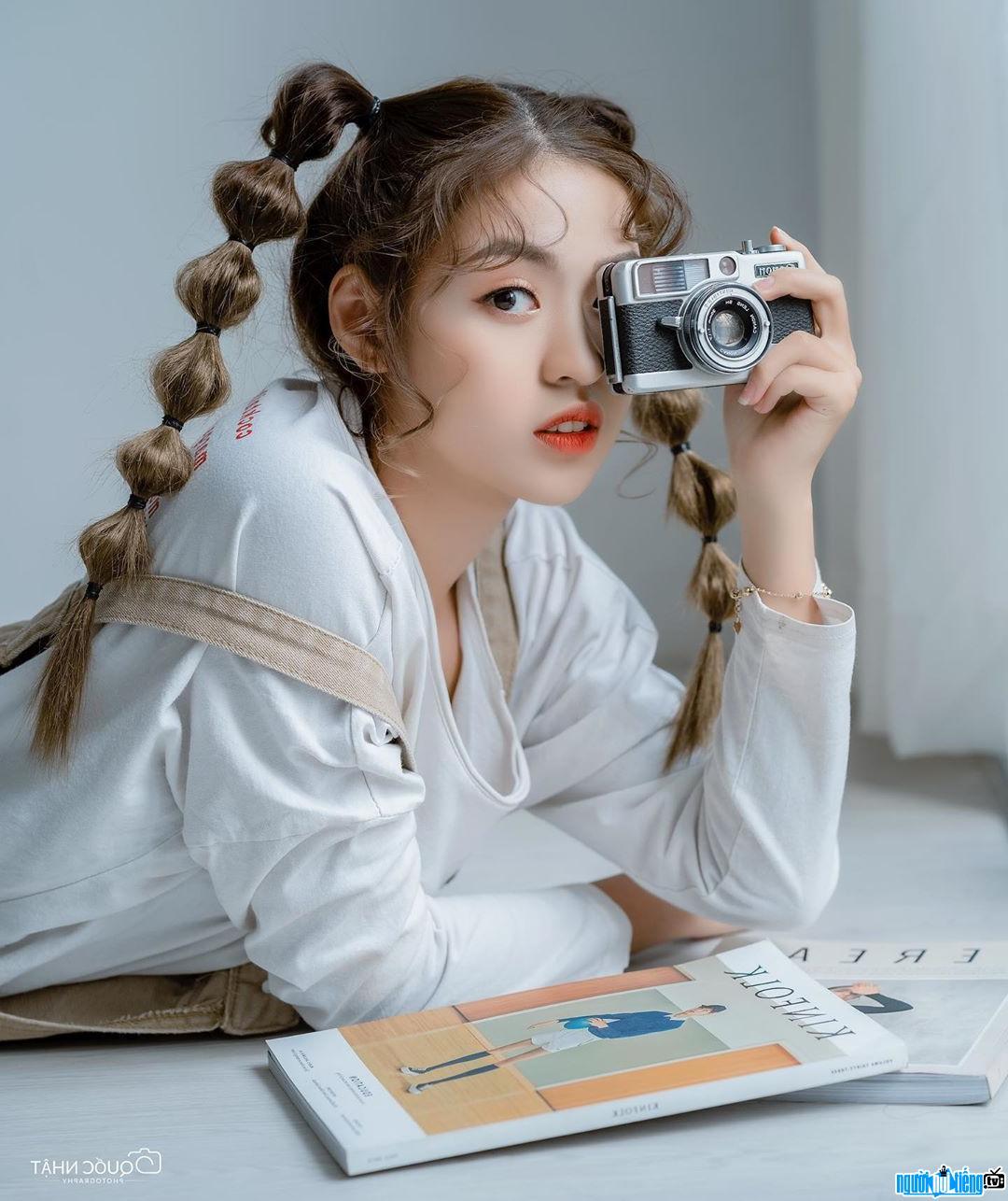 Hình ảnh Thanh Tâm xinh đẹp dịu dàng