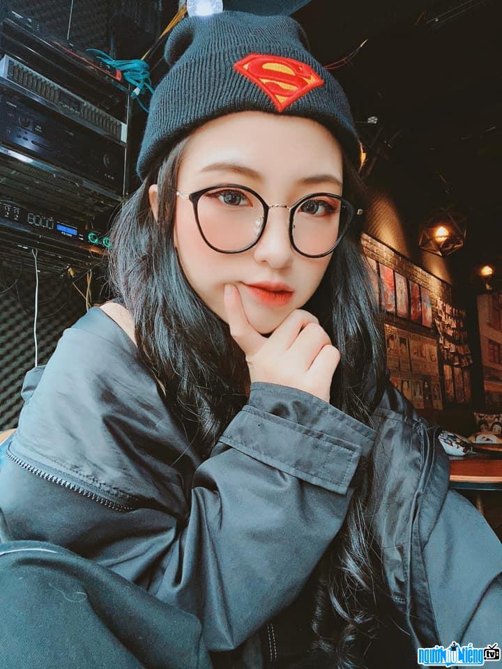 Hình ảnh Lan Hương xinh đẹp cá tính
