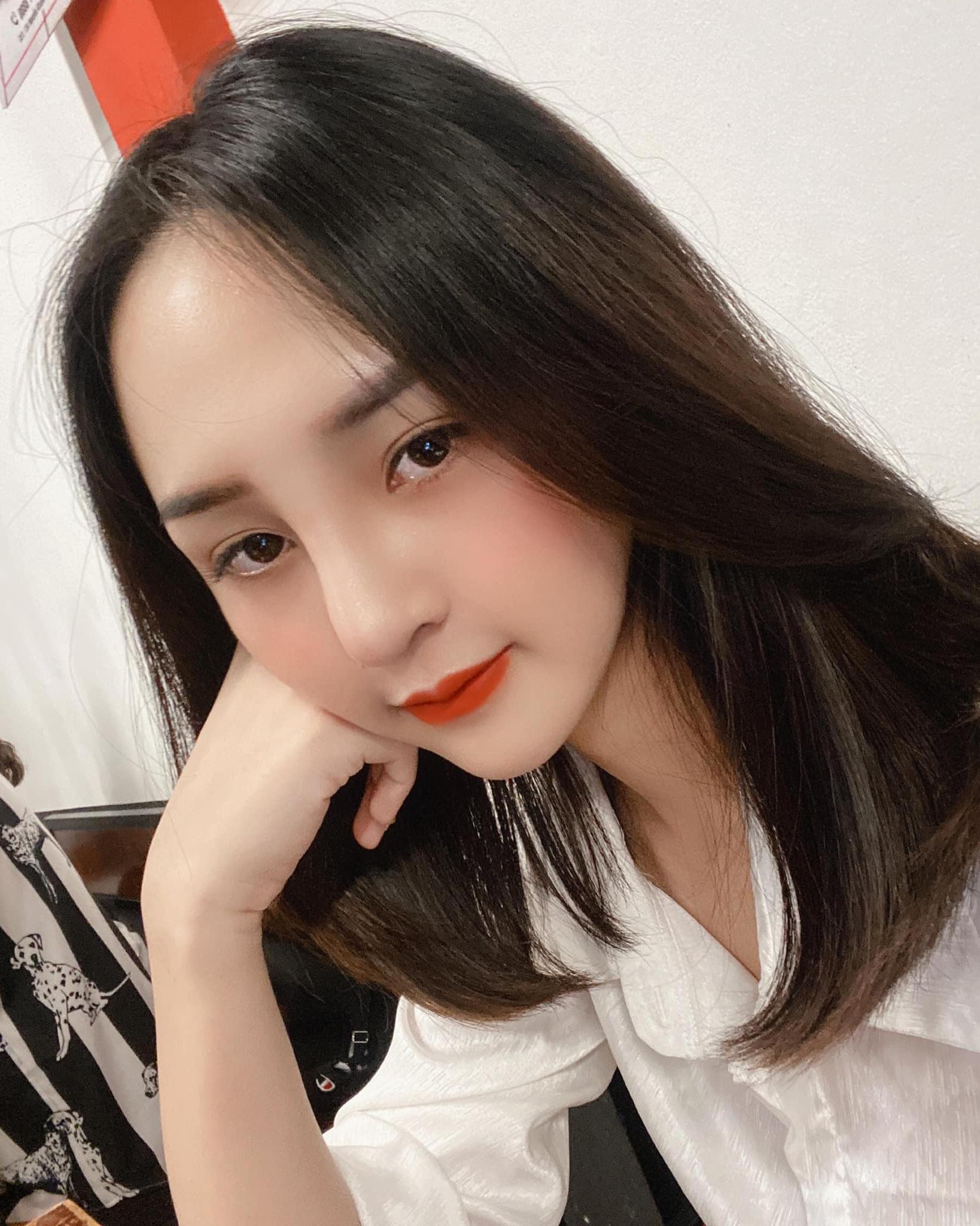 Hot Teen Mai Thu Trang