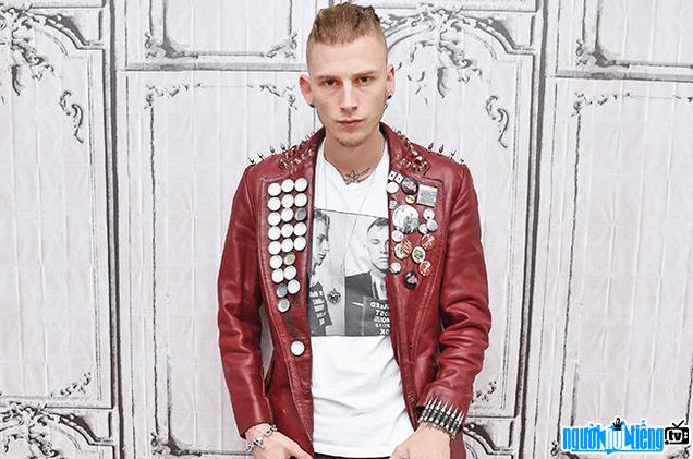 Ảnh Ca sĩ Rapper Machine Gun Kelly 1