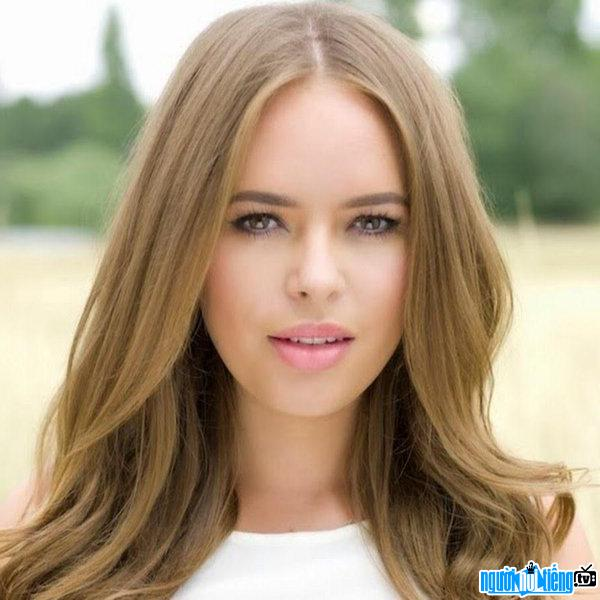 Tanya Burr - Sao YouTube nổi tiếng Norwich - Anh