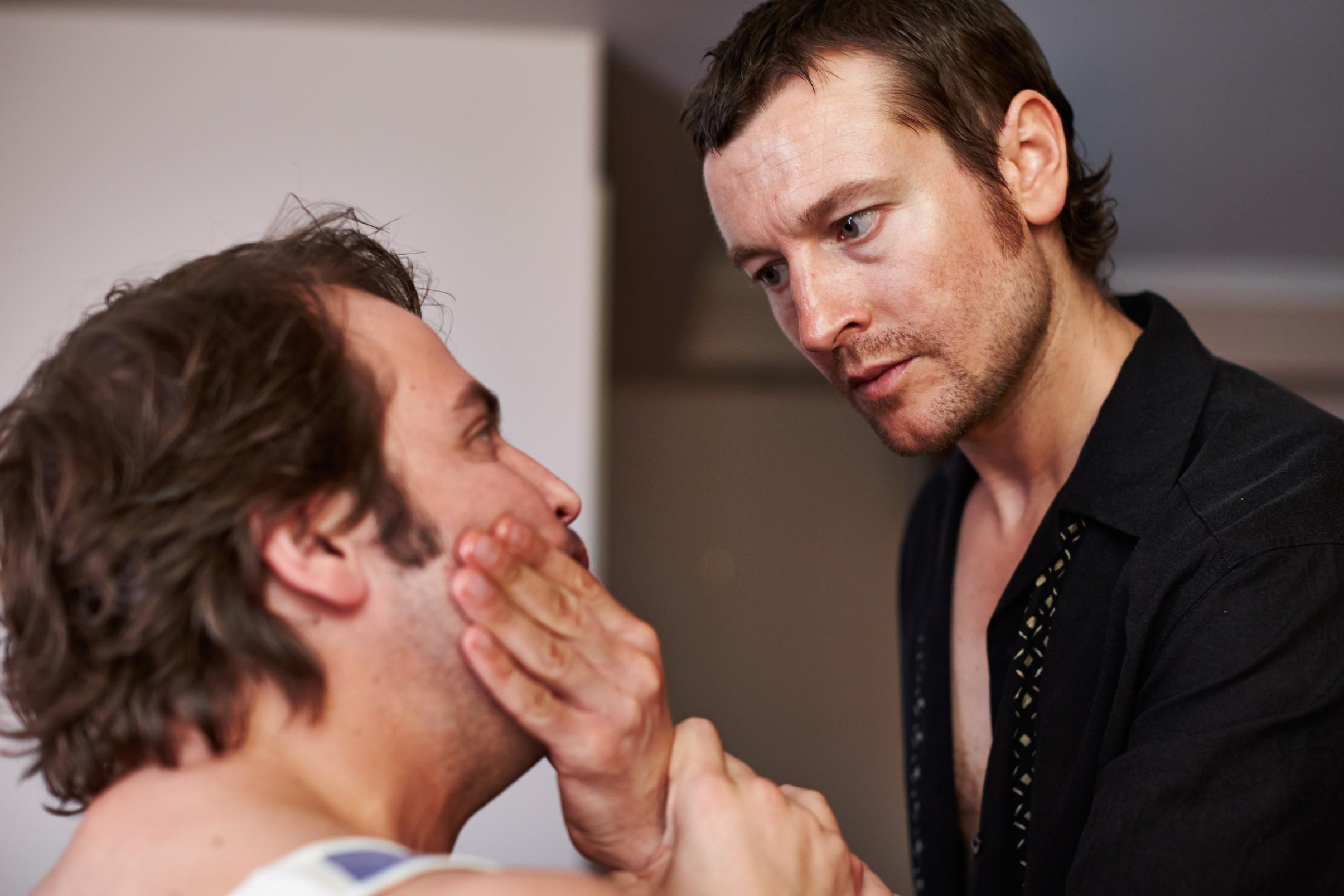 Leigh Whannell trong một cảnh phim