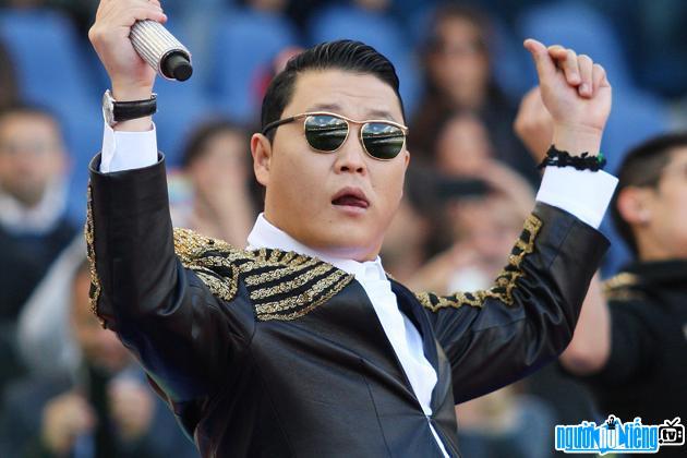 Chân dung Ca sĩ nhạc pop Psy