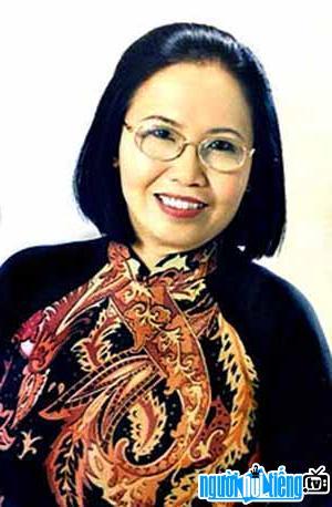 Chân Dung Nhà Báo Nguyễn Thị Kim Cúc