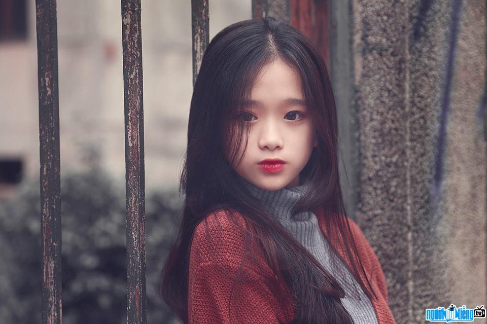 Ảnh chân dung hot girl Linh Ka