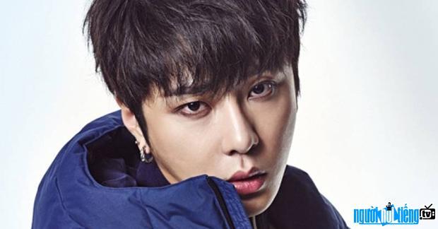 Nét mặt cute của Yong Jun-hyung