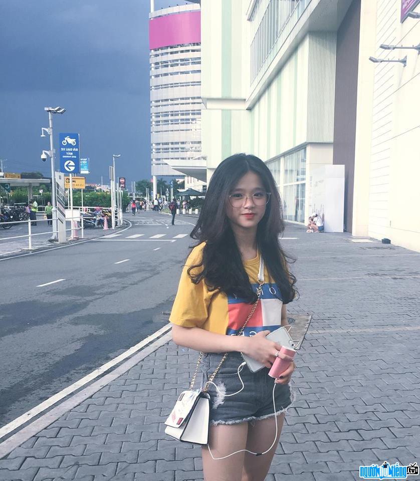 Hình ảnh mới nhất về hot girl Linh Ka