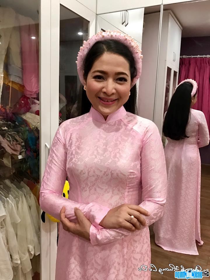 MC Quỳnh Hương - nữ tỷ phú giàu cảm xúc nhất trong làng giải trí Việt Nam