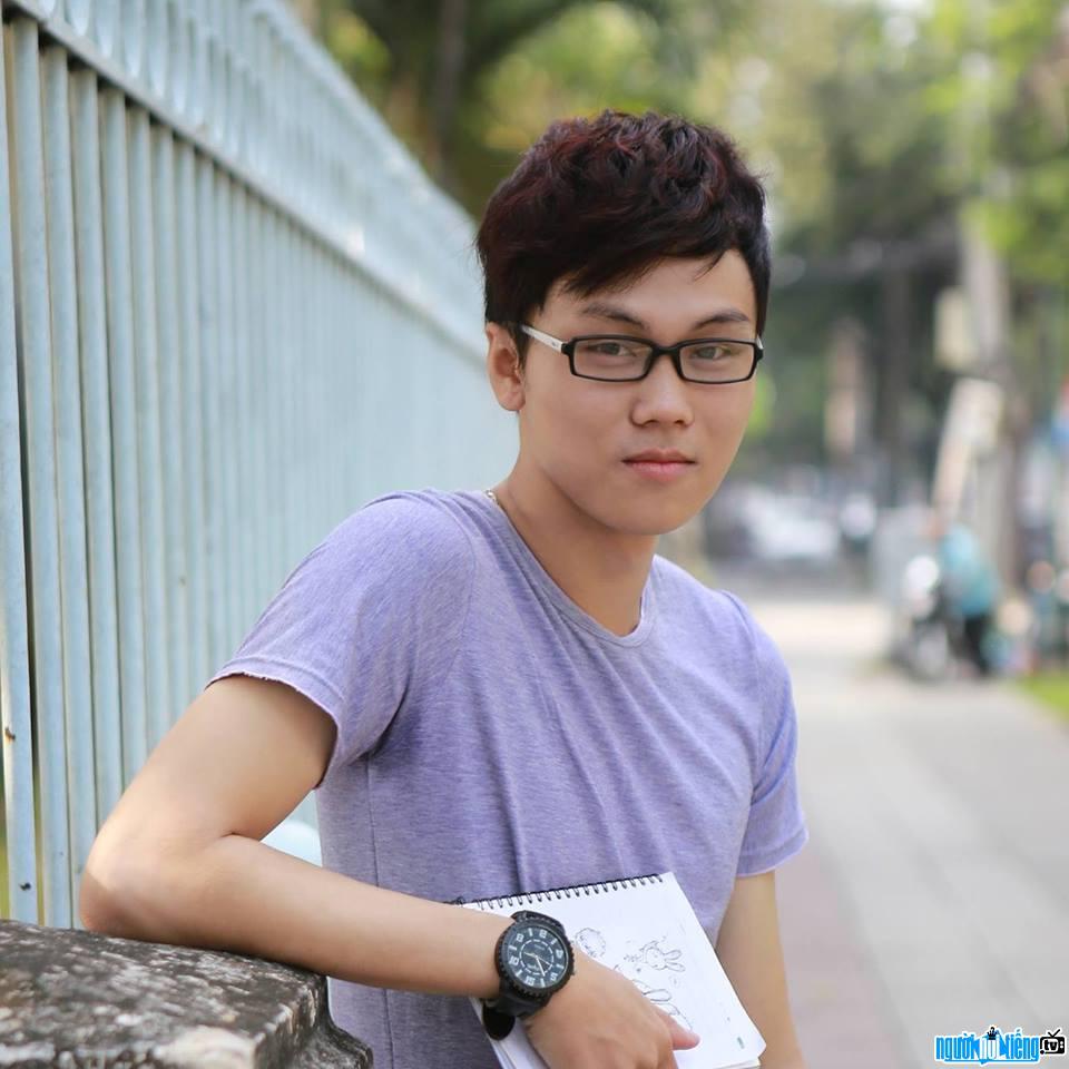 Nhà Thiết Kế đồ Họa Huỳnh Thái Ngọc Thỏ Bảy Màu