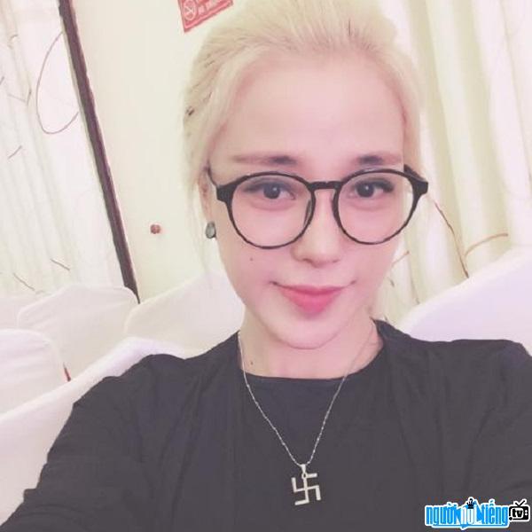 Hot girl Ly Xuân Ly trẻ trung như thiếu nữ 18