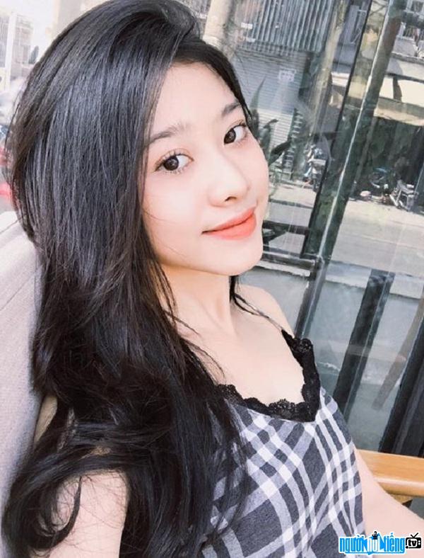 Hot girl Thái Ngọc San được khen ngợi bởi vẻ gợi cảm