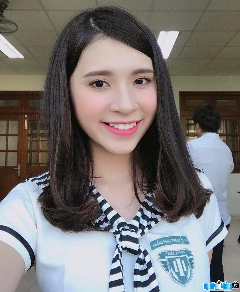 """Hình ảnh hot girl Khổng Minh Thanh với tạo hình trong """"Phim cấp 3- Học đường nổi loạn"""""""