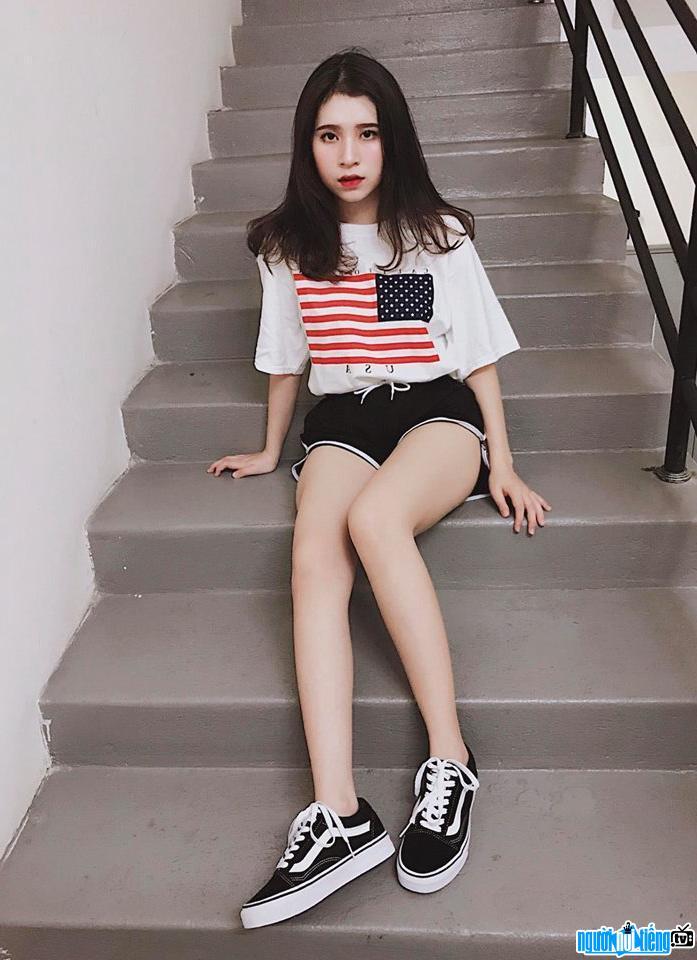 Hình ảnh mới nhất về hot girl Khổng Minh Thanh