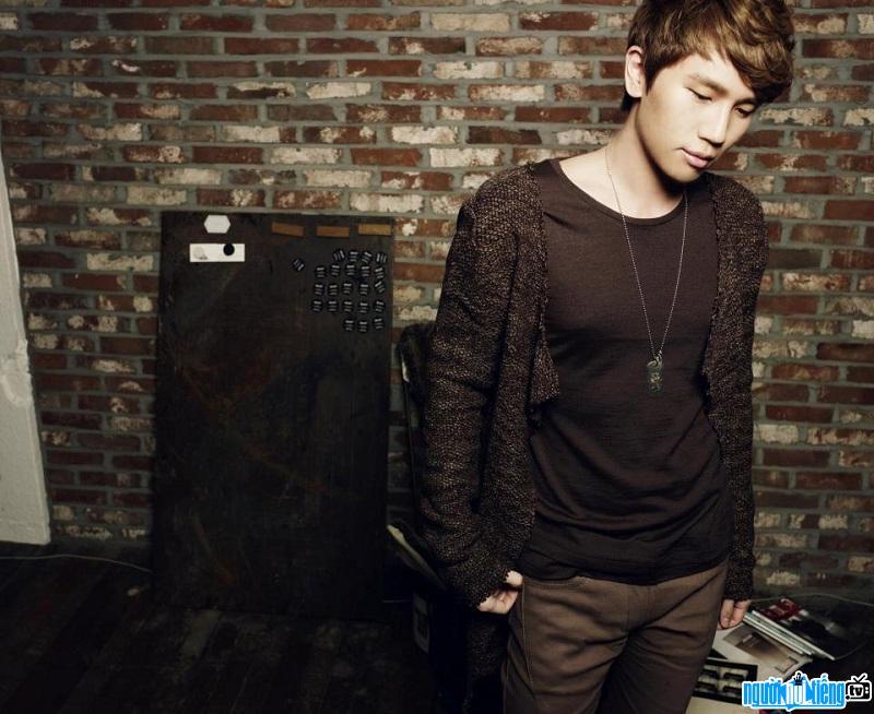 Ca sĩ K.Will là nghệ sĩ đa tài trong làng nhạc Hàn Quốc