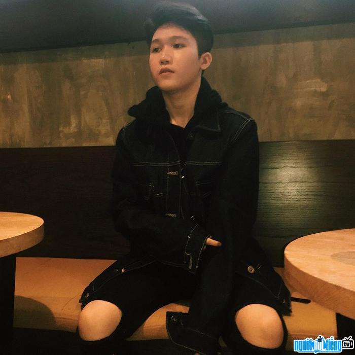 Ca sĩ Kenbi Nguyễn Hoài Nam có khả năng bắn Rap cực đỉnh