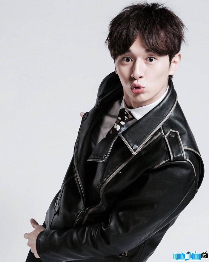Diễn viên Trương Hiên Duệ gặt hái thành công khi vào vai Hoàng tử Sói