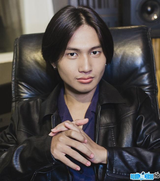 Ca sĩ Nguyễn Trọng Tài