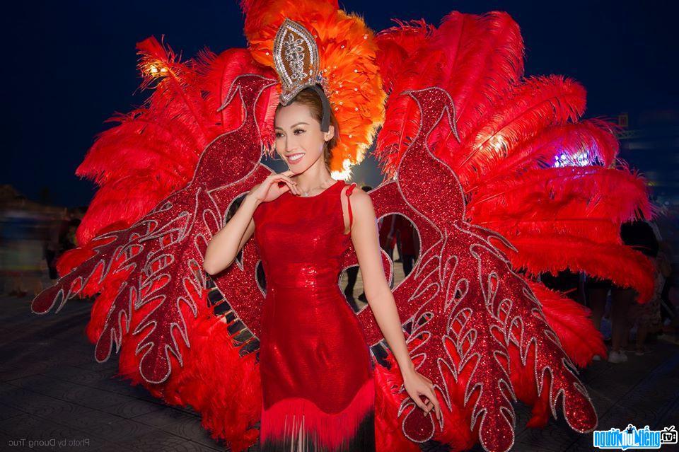 Hình ảnh mới về người mẫu Tô Uyên Khánh Ngọc