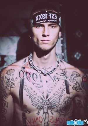 Ảnh Ca sĩ Rapper Machine Gun Kelly