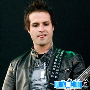 Ảnh Bassist Johnny Christ