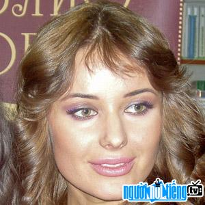 Người mẫu Mehreen Syed